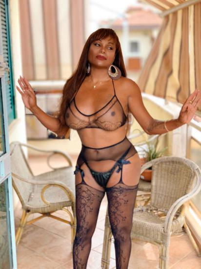 Monica Porno
